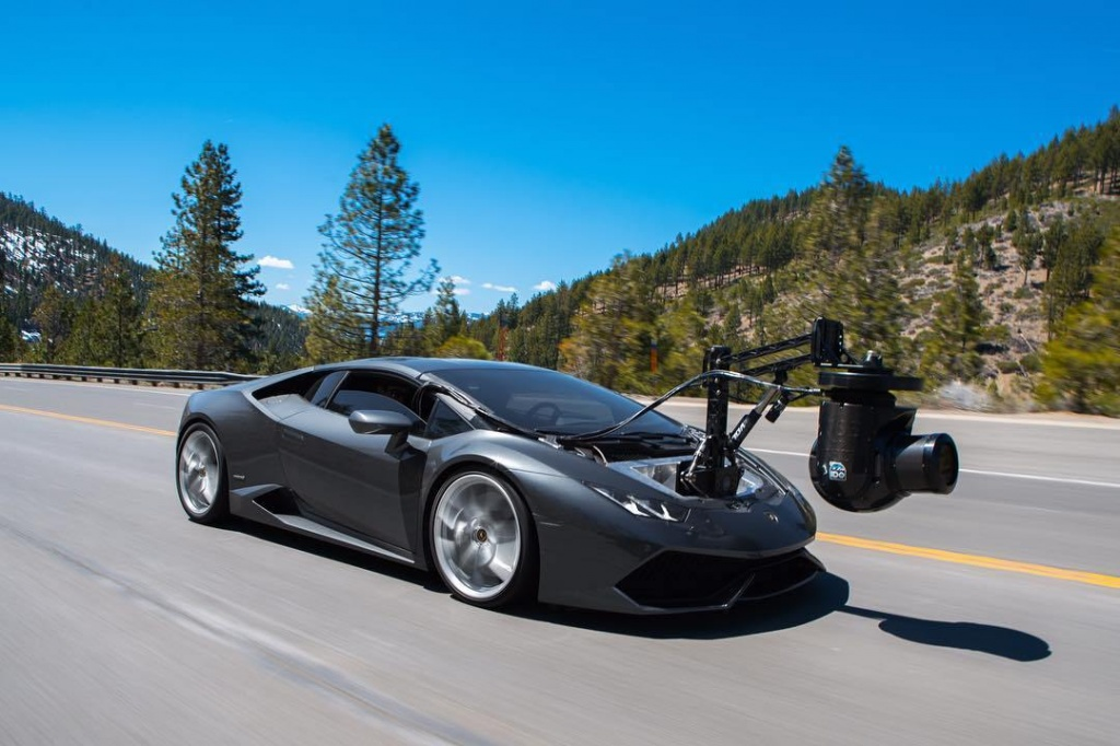 Lamborghini-Huracan-camera-car-1