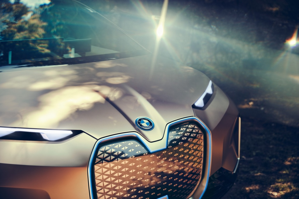 BMW-Vision-iNext-Concept-6