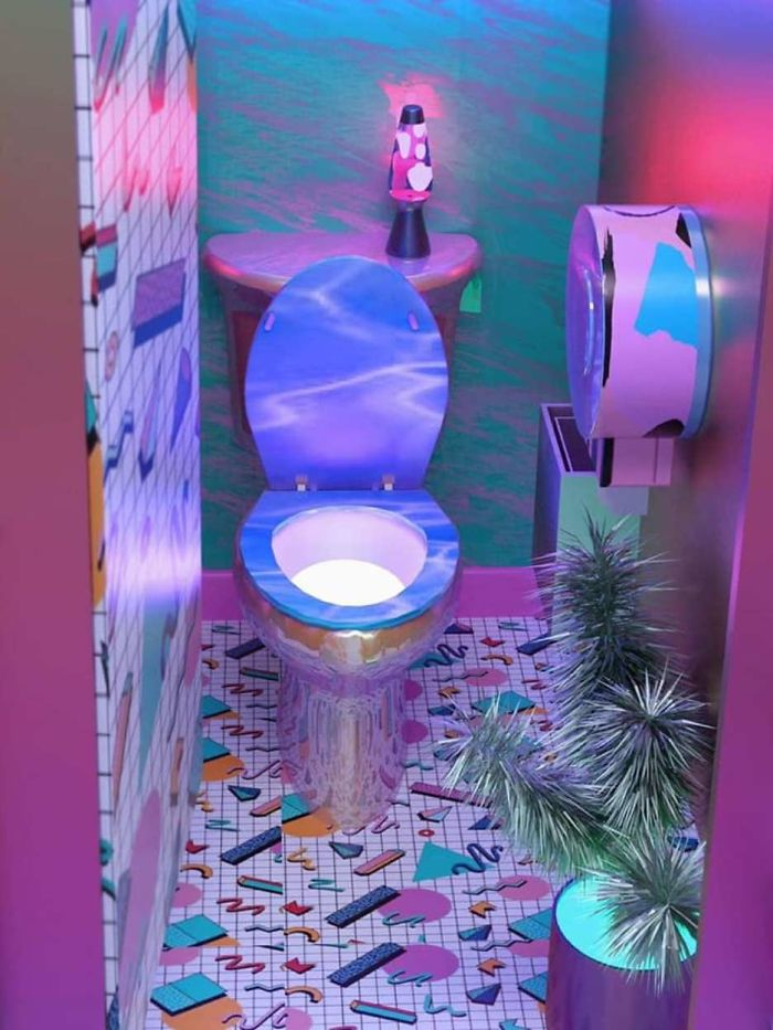 toilets-with-threatening-auras-95-5d831c9cd986e__700
