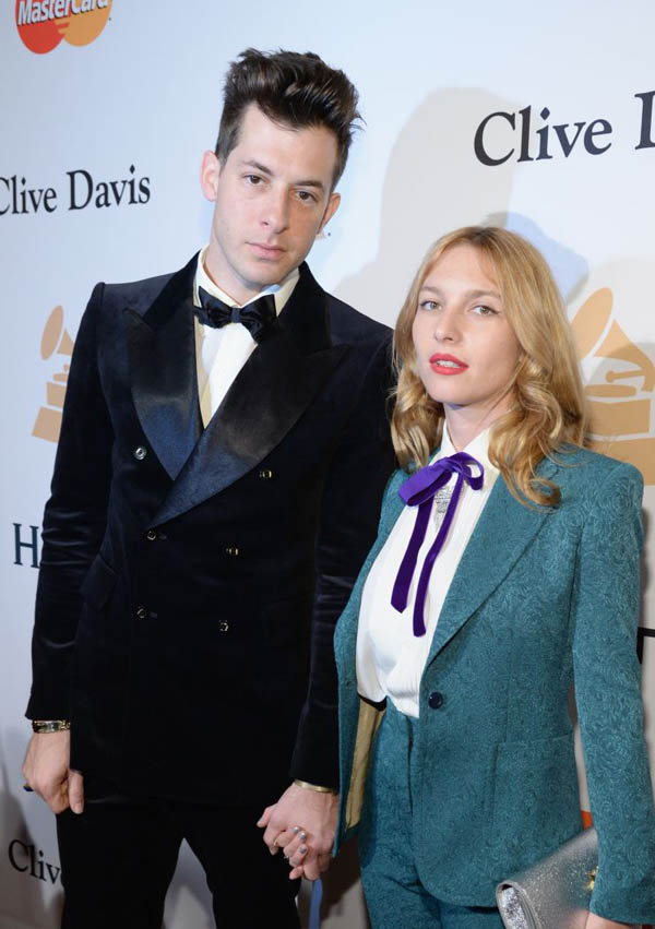 Mark Ronson and Joséphine de la Baume.jpg