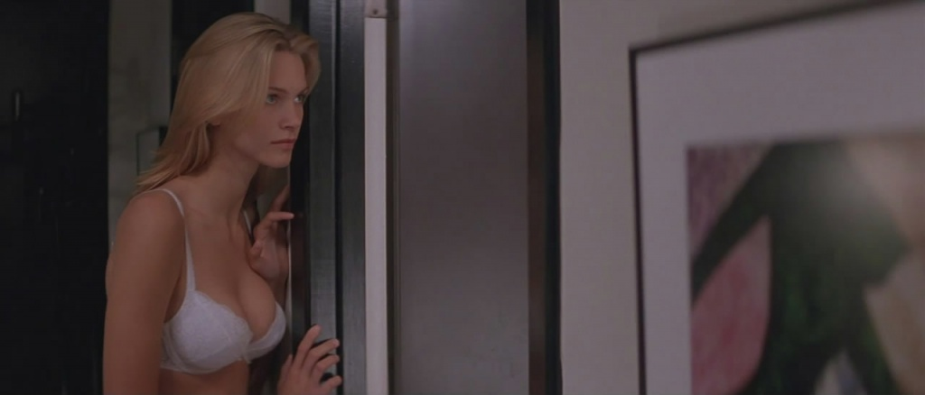Natasha-Henstridge-Species-3_1