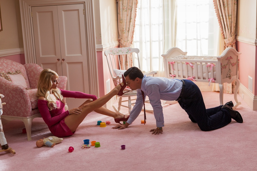 margot-robbie-and-leonardo-dicaprio-in-the-wolf-of-wall-street