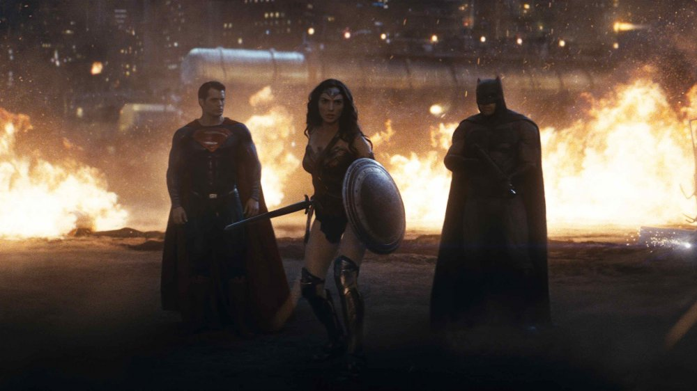 the-dc-superheroes-unite-in-batman-v-superman-dawn-of-justice-1574706452