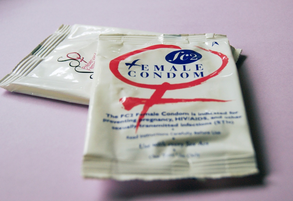 female-condoms-849411_1920