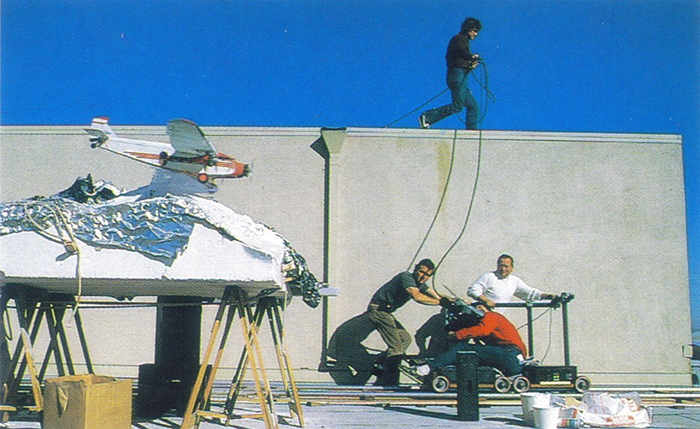 behind-the-scenes-of-hollywood-movies-38-5d1c7606e3875__700