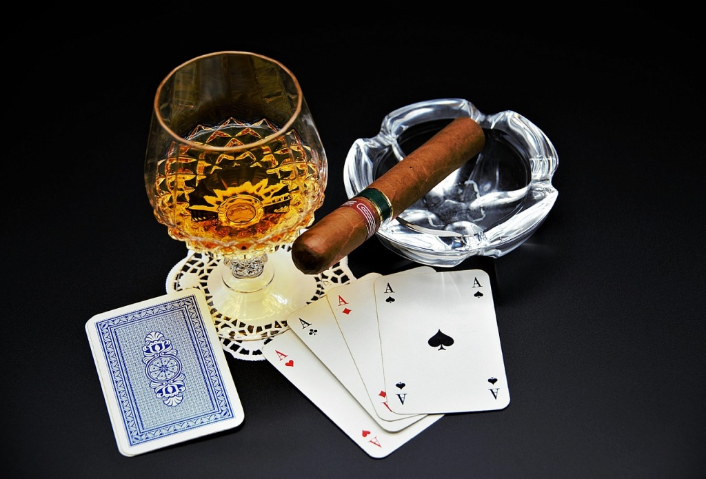 playing-cards-3874312_1280
