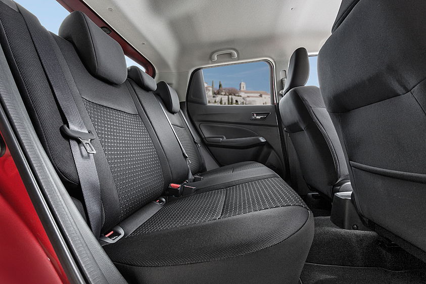 av_SWIFT_rear-seats_.jpg