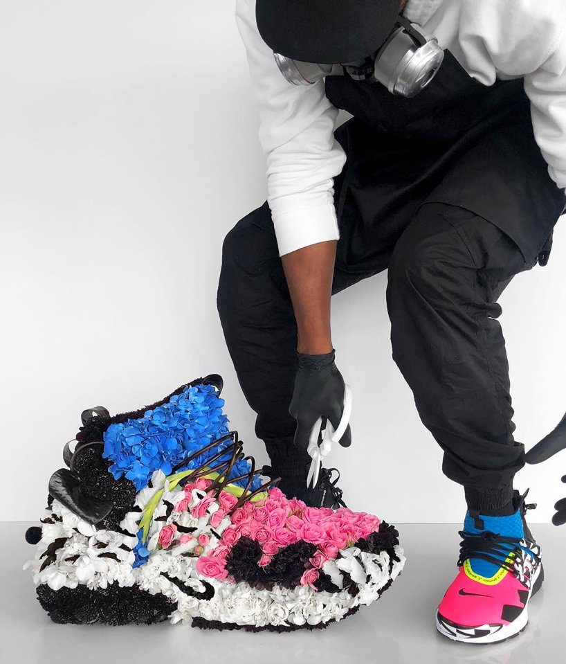 mr-flower-fantastic-turns-sneakers-into-floral-bouquets-designboom-4