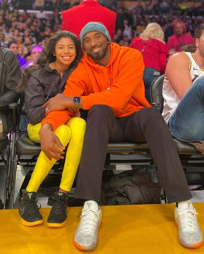 kobe-bryant-daughter-gigi-photos-1-5e2e91e51938d__700