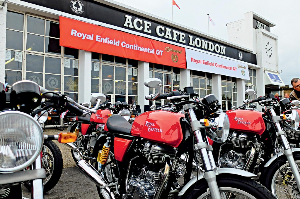 Тест-драйв Royal Enfield Continantal GT: машина времени