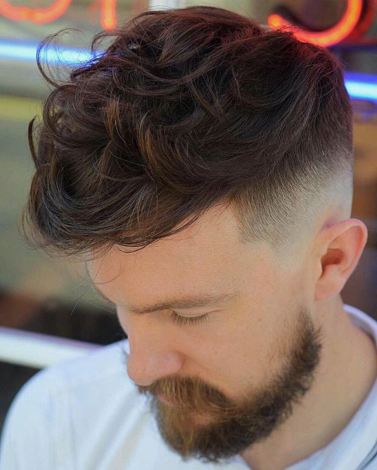toastiestyles-textured-quiff-mens-haircut-wavy-hair-768x959