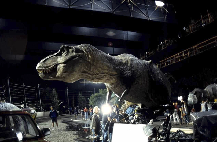 behind-the-scenes-of-hollywood-movies-64-5d1dbe6fa4d7c__700